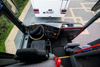 autokar z kierowca rzeszow